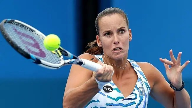 Aos 29 anos, Jarmila Gajdosova anuncia fim de carreira devido a lesão crónica
