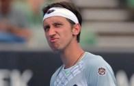 Stakhovsky arrasa wild card de Roland Garros: «Um absurdo!»
