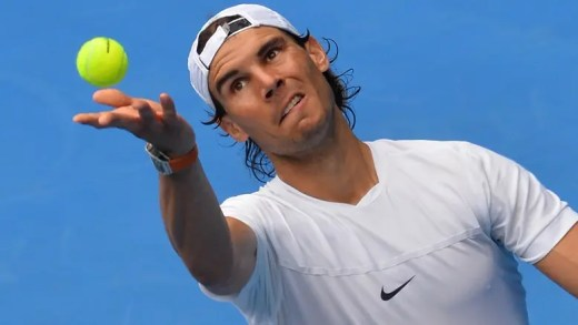 Não é Wimbledon, mas Nadal vai de branco para o Australian Open