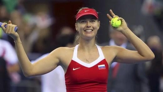 Sharapova convocada para a Fed Cup após polémica com federação russa
