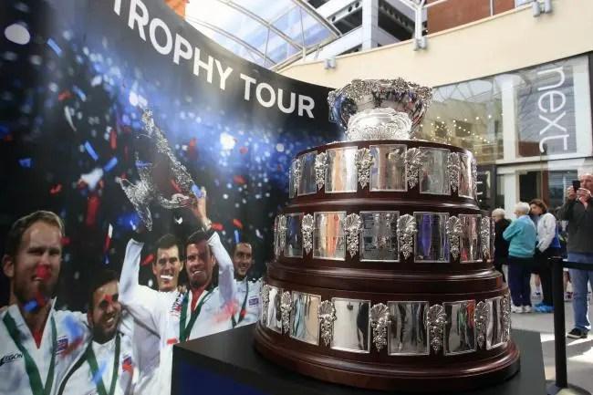 MUDANÇAS. Dois dias e encontros à melhor de três sets na Taça Davis