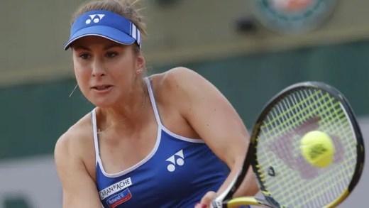 Belinda Bencic conquista título no regresso à competição