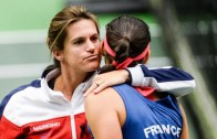 Amélie Mauresmo deixa o cargo de capitã da Fed Cup