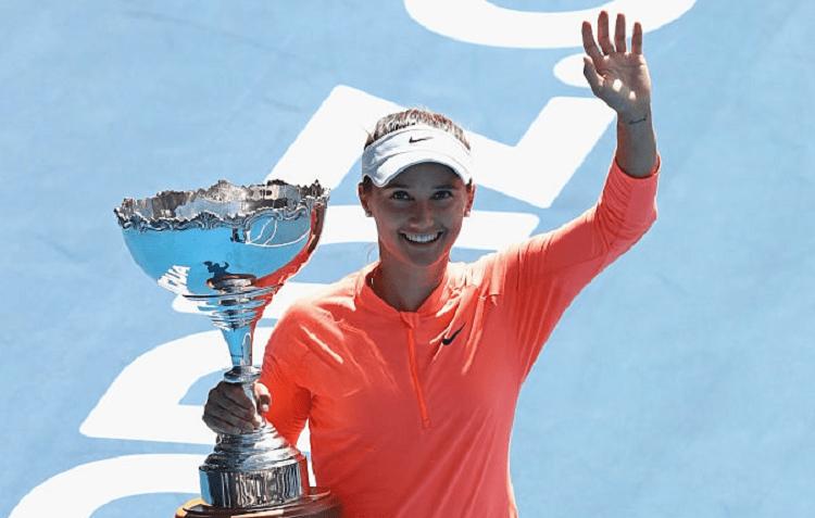 Lauren Davis surpreende tudo e todos e conquista em Auckland o seu primeiro título