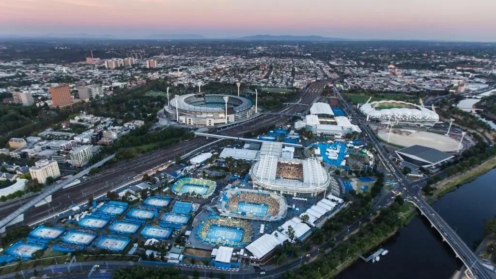 Sabe quantos courts vão ter transmissão televisiva no Australian Open? Todos