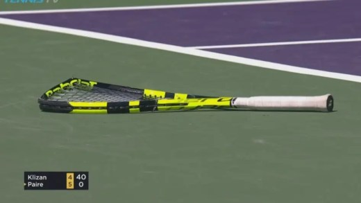 [Vídeos] Benoit Paire destrói duas raquetas… no mesmo ponto