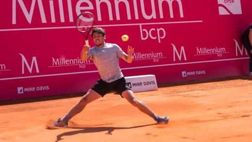João Domingues passa por ex-top 10 rumo à ronda final do qualifying
