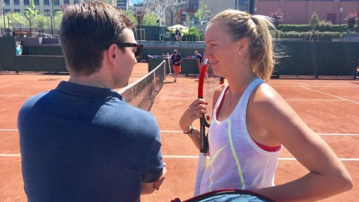 [FOTOS] Ainda sem certezas, Petra Kvitova já treinou em Paris