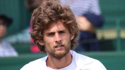 Pedro Sousa fica à porta do quadro principal de Wimbledon