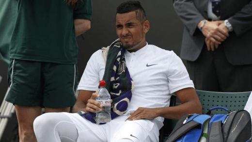 Nick Kyrgios DESISTE ao fim de uma hora em Wimbledon