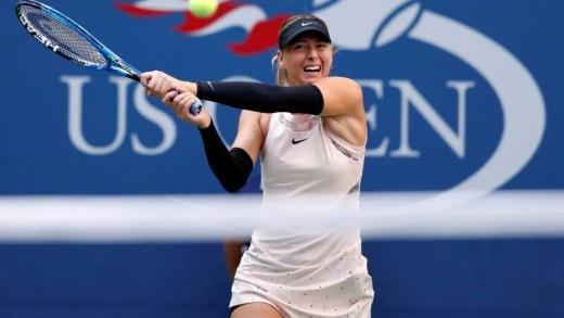 Sharapova 'obrigada' a usar mangas nos braços: «Não estou a usá-las de modo voluntário»