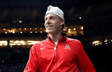Shapovalov bate Raonic e é considerado o melhor tenista canadiano de 2017
