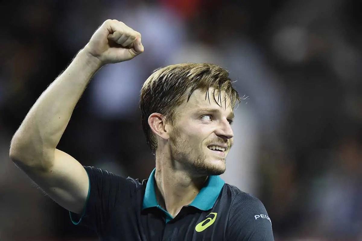 Federer derrota Zverev e garante vaga nas semifinais em Londres
