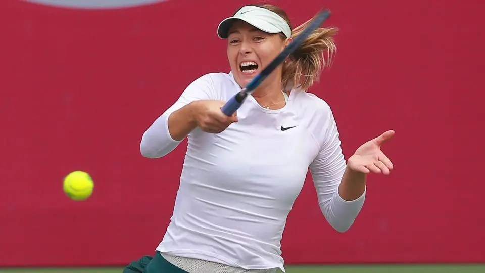 Maria Sharapova e Sabalenka na final do torneio de Tianjin