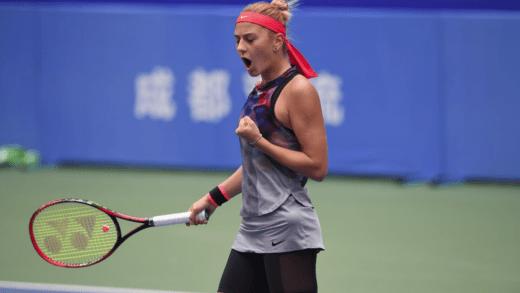 Marta Kostyuk é a primeira jogadora num torneio do Grand Slam… nascida em 2002