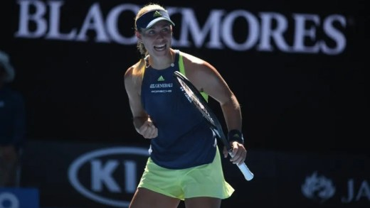 Kerber marca encontro com Sharapova num 'tirinho' em dia de aniversário