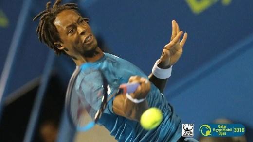 Monfils passa primeiro obstáculo e marca duelo com Djokovic na segunda ronda