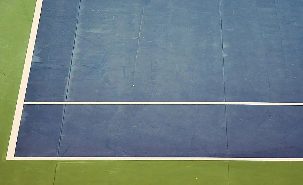 Pé quente, filha de Serena acompanha EUA na Fed Cup. Veja vídeo