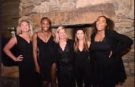 Serena provoca Venus entre gargalhadas: «Porque é que vieste de 'T-Shirt' para o jantar oficial?