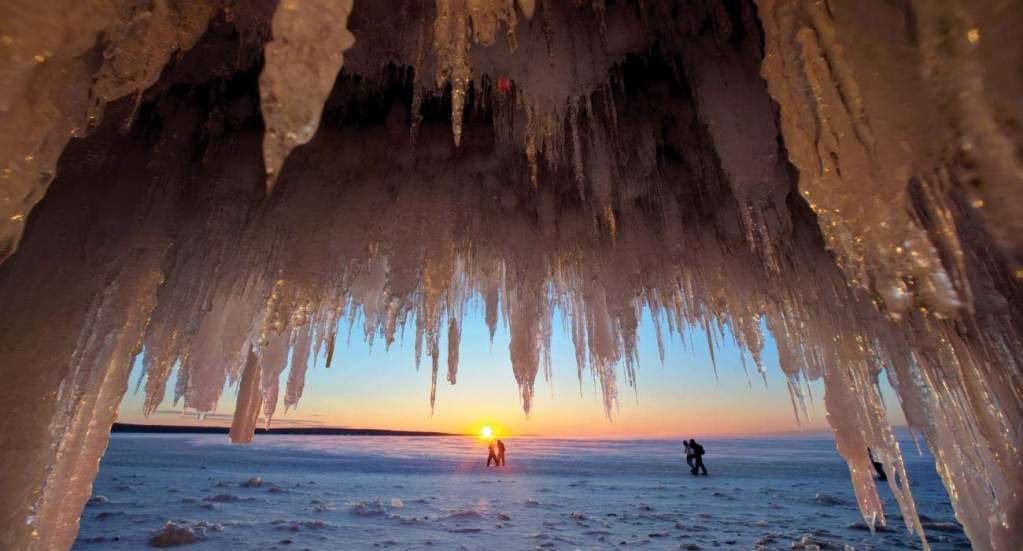 HERO_Ice Caves_Web72DPI