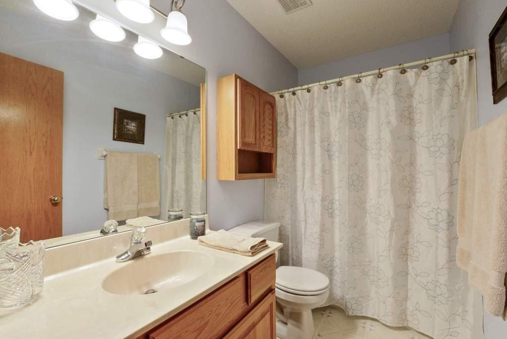 8202 Boulder Ridge Rd, Woodbury (33) (Custom)