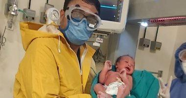 Photo of أول ولادة قيصرية داخل الحجر الصحي بأسوان.