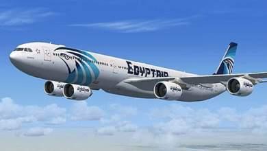 Photo of العالقين المصريين. يتوافدون على مطار القاهرة 515من الكويت و375من دبي والرياض وجدة