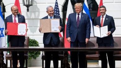 Photo of ترامب يشهد توقيع اتفاق السلام بين الامارات والبحرين وإسرائيل