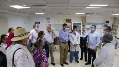 Photo of ٣٠ سفيرا يشيدون بالإجراءات الإحترازية بمستشفى ومطار شرم الشيخ