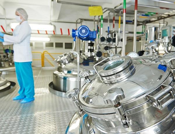 Raksasa Industri Farmasi dan Tembakau Dunia