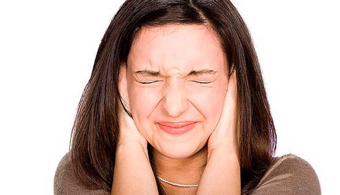 Избавляемся от боли и шума в ушах чтением проверенных заговоров