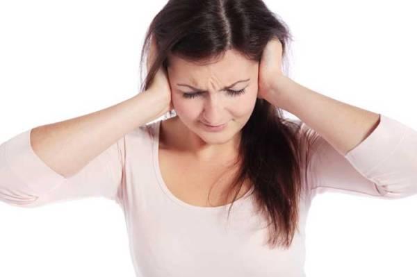 Звон в ушах, причины и лечение в домашних условиях