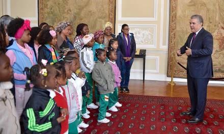 20 niños de Palenque viajaron a conocerla Casa de Nariño