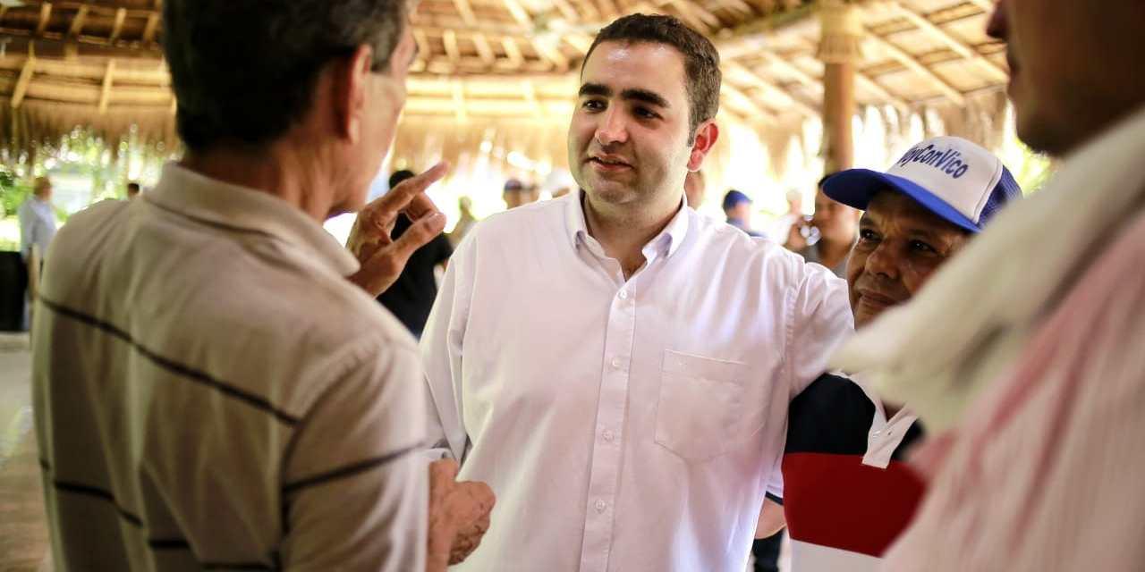 """Vicente se toma Bolívar con """"Tu Voz Construye Gobierno"""""""