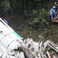 Bolivian gov must clarify this: Why the Chapecoense football team's plane ran out of fuel