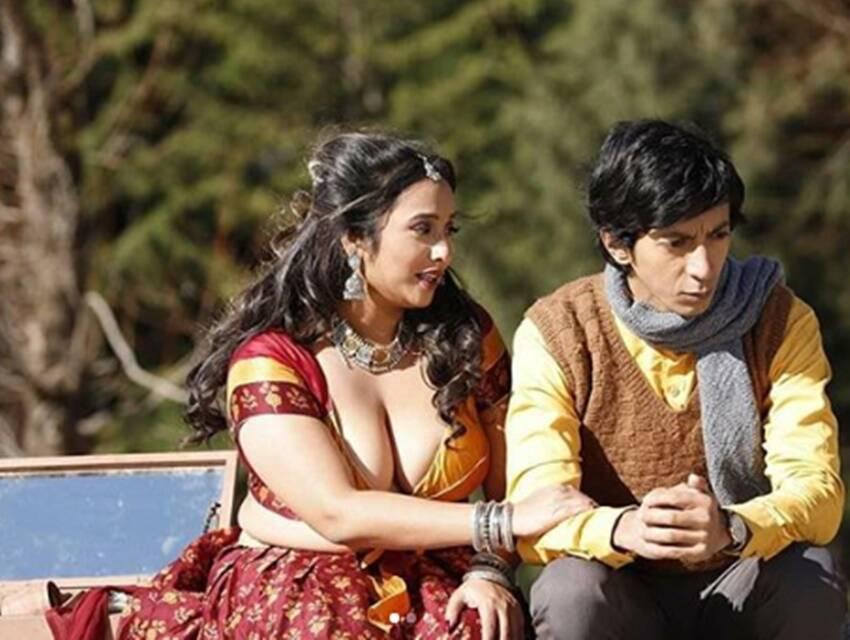 Mastram, Rani Chatterjee, MX Player, MX Bold Web Series, Mastram Web Series, Mast Ram Makers, Rani Chatterjee Kissing Scene,