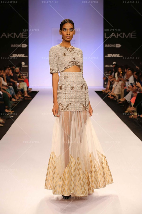 Payal Singhal tantalizes with her Moroccan fashion soirée ...