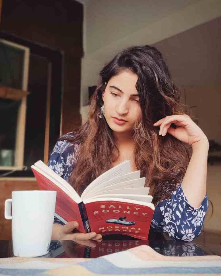 Shivani Raghuvanshi Reading Books