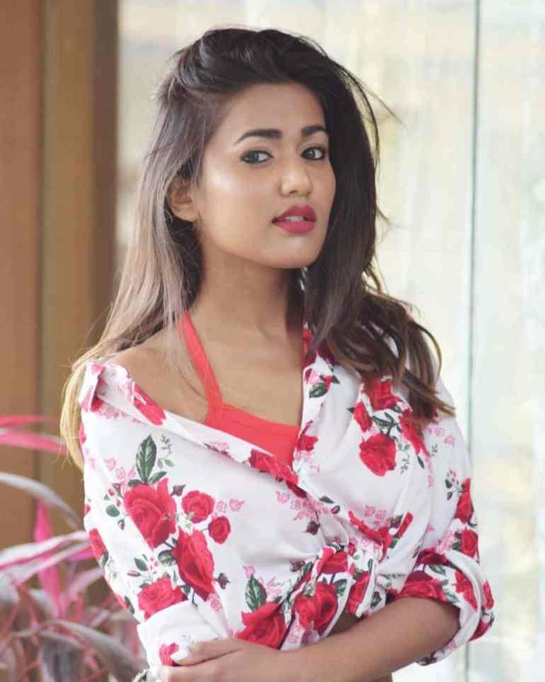 Gima Ashi Hot
