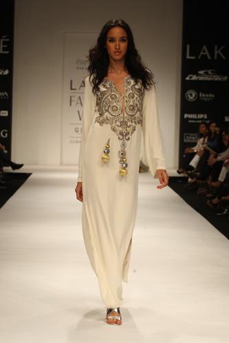 Runway Report LFW 5 Bollywood Fashion Police