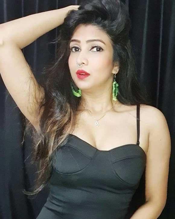 Garima Maurya hot photos