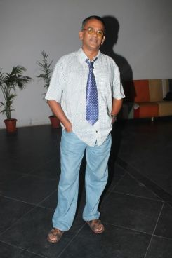 Remo Fernandes at the premiere of 'Love, Wrinkle-Free' at PVR, Phoenix.