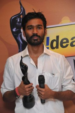 Dhanush received the Best Actor Award Male for the Movie 'Aadukalam', at the '59th !dea Filmfare Awards 2011' (South) on 8th July at Jawaharlal Neh