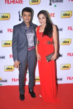 Riyaz Khan (Tamil Actor) with wife at the Red Carpet of '59th !dea Filmfare Awards 2011' (South) on 8th July at Jawaharlal Nehru indoor stadium, Che