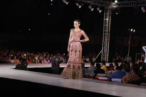 37 - Models with designer Asif Shah's collections in Indore at Sayaji Palace
