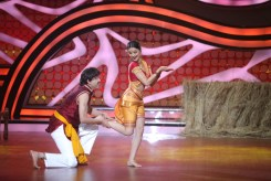 Rahul and Dimpy Mahajan during their perfomance in the ex-contestant special of Nach Baliye-5. Catch them from Sat to Sun at 9pm on STAR Plus