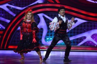 Bhabho aka Neelu and Arvind on Nach Baliye-5 set. Catch Nach Baliye-5 sat and sun @ 9pm on STAR Plus