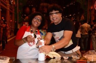 Arvind Waghela with Doyel Sarangi at MasterChef Cook-off 1