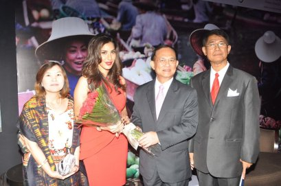 Higher Authorities of Thailand with Sophie Chaudhary at the Million Thanks Evening at Shangri La,,