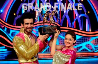 JAY AND MAHI WINNERS OF NACH BALIYE 5 (2)